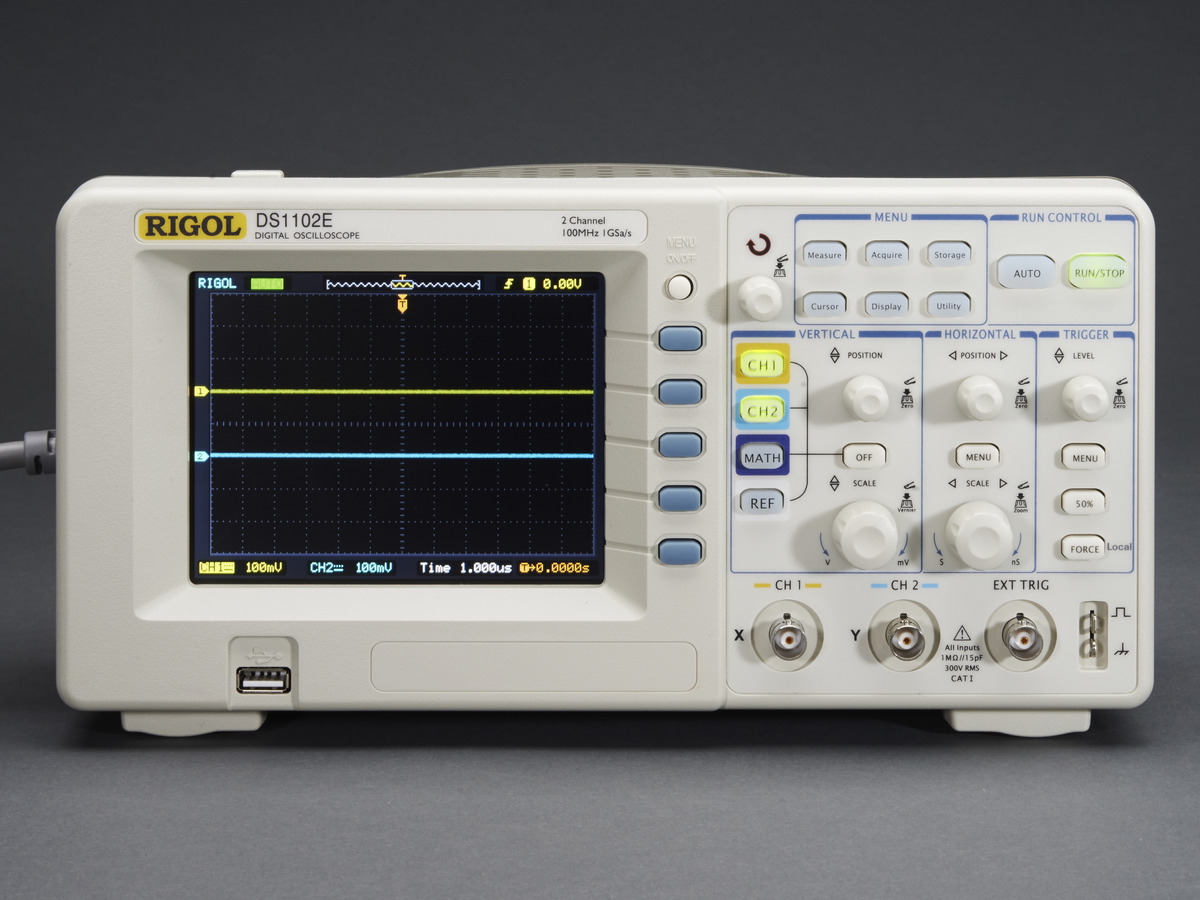 Digital Storage Oscilloscope : Gs s mhz digital storage oscilloscope extras