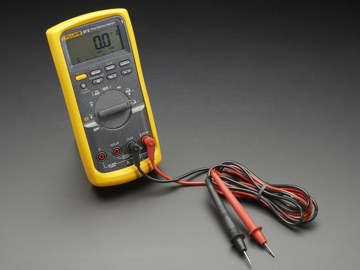 Fluke 87V Industrial Multimeter ID: 2610 - $449 95