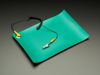Green Anti-Static ESD Rework Mat with Grounding Clip
