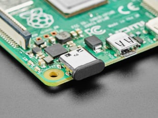 Close up of silicone USB C insert in Raspberry Pi 4