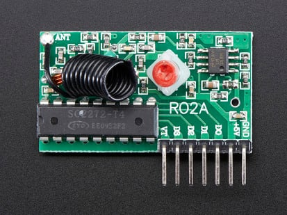 Simple RF Receiver with antenna, chip and header pins