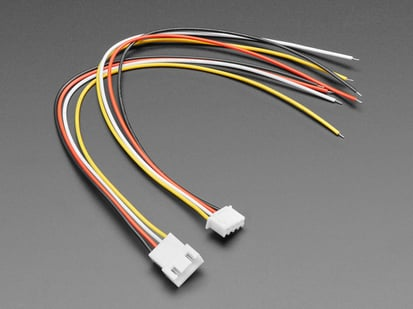 Angled shot of 4-pin cable matching pair.