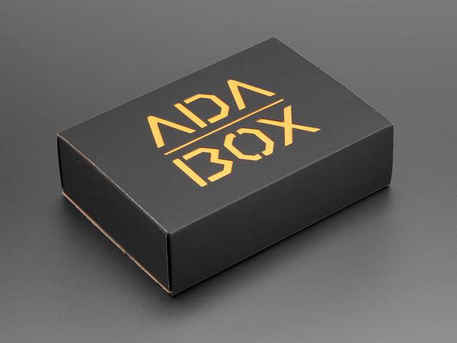 AdaBox009 - HalloWing