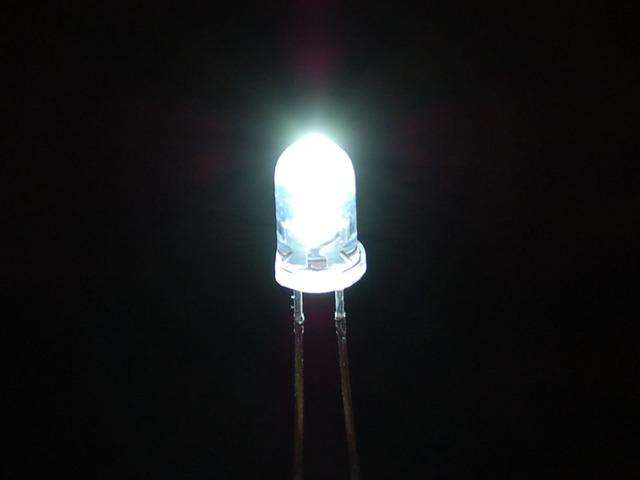 Super Bright White 5mm LED (25 pack)