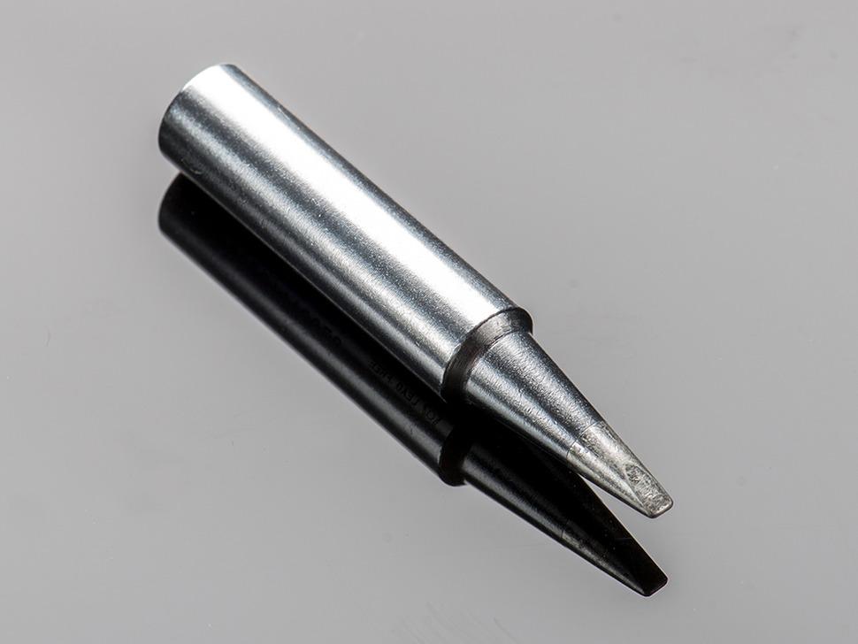 Close up of Hakko Soldering screwdriver tip