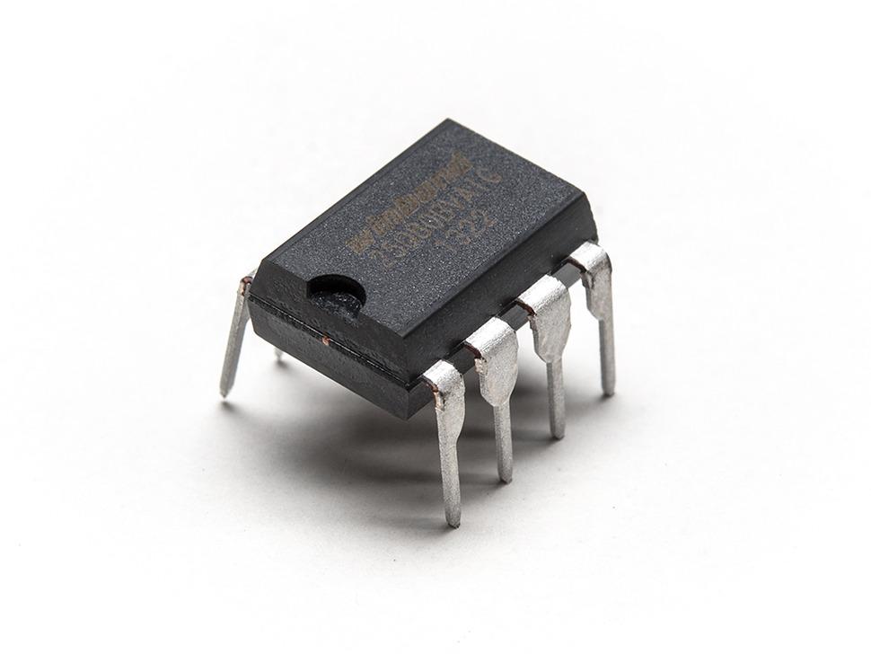 W25Q80BV - 1 MByte SPI Flash