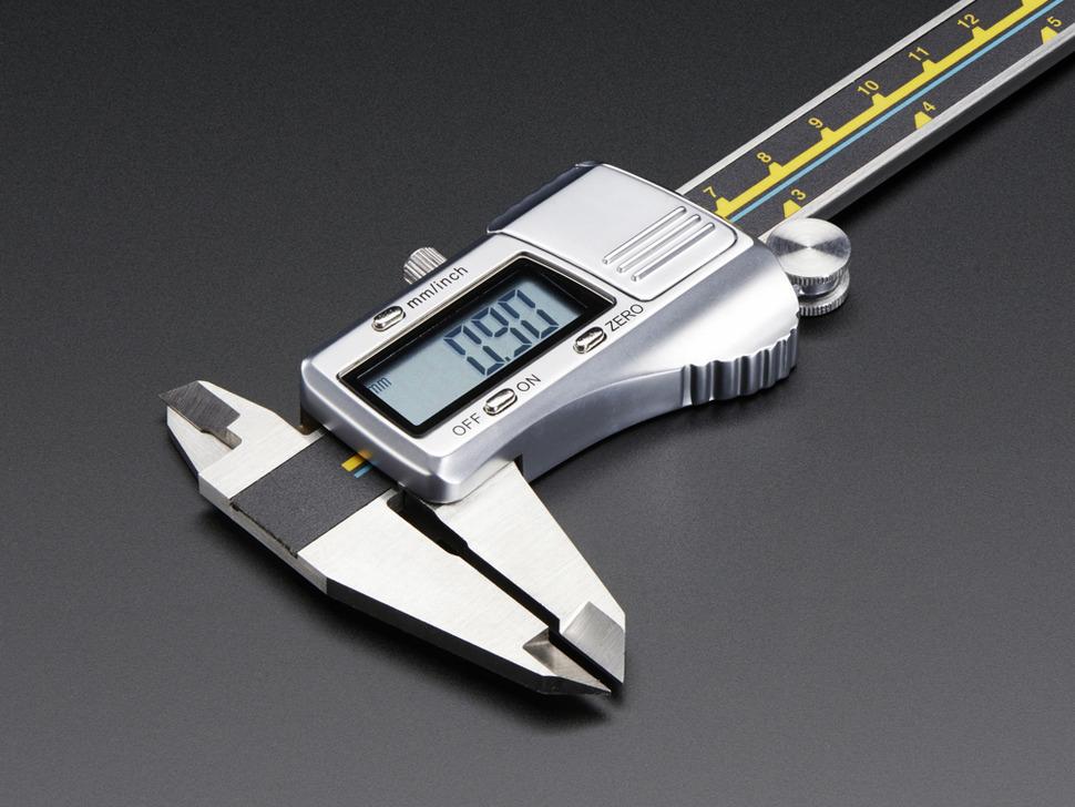 Digital Stainless Steel Calipers showing measurement in cm