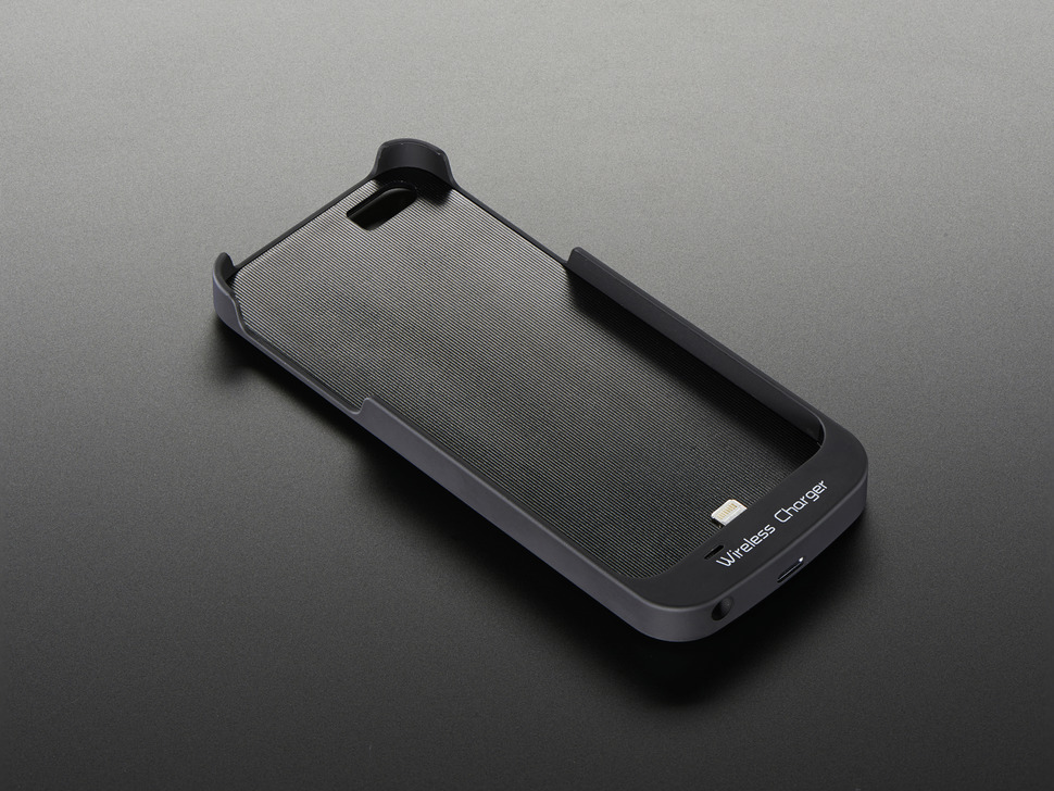 Qi Wireless Charger Sleeve - iPhone 5 Lightning Connector