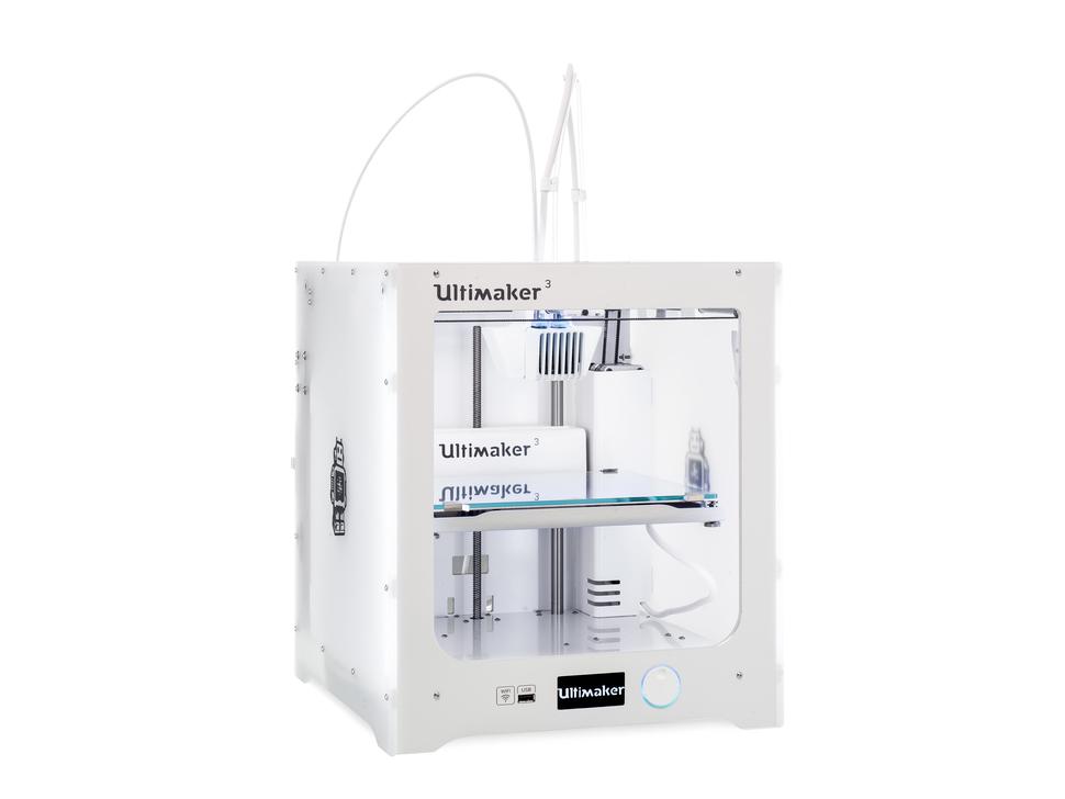 Glamor shot of Ultimaker 3 3D Printer