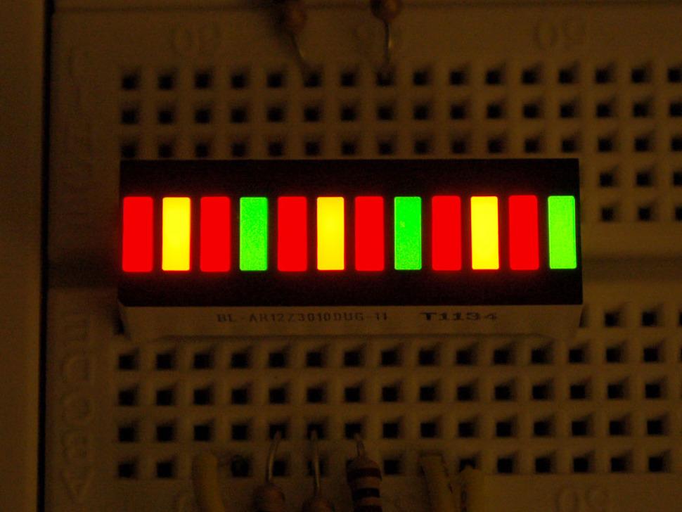 Lit up Bi-Color (Red/Green) 12-LED Bargraph