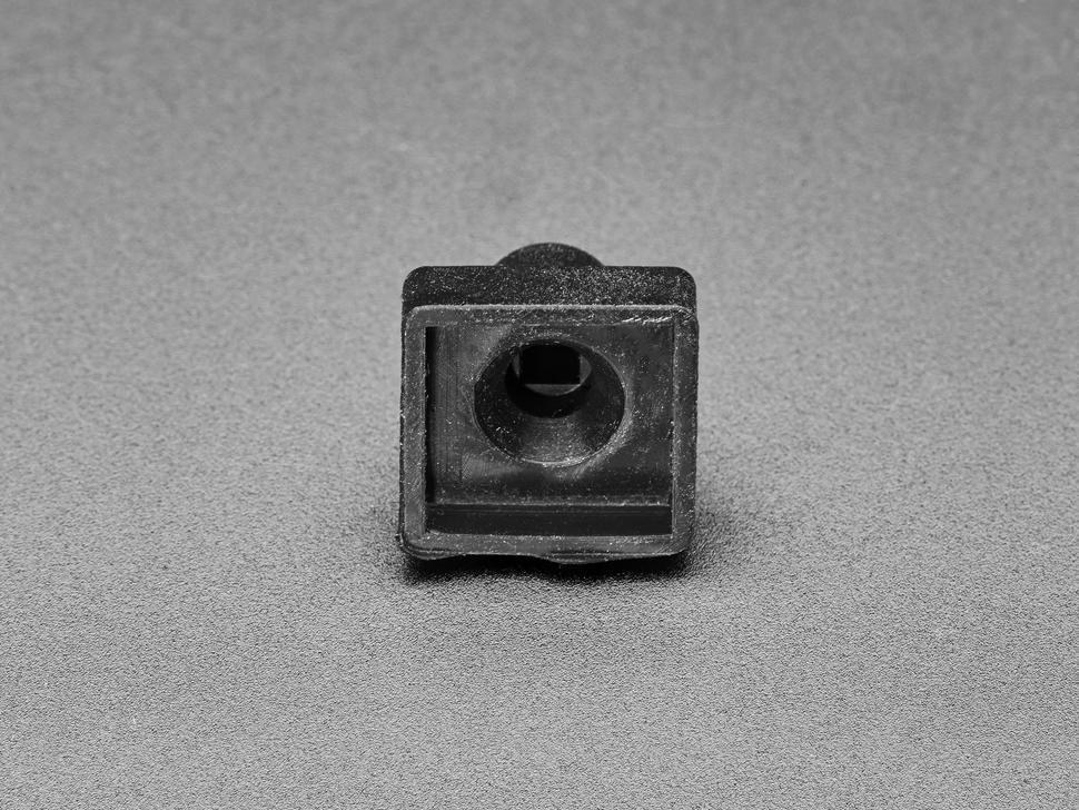 Bottom detail of rubber cap
