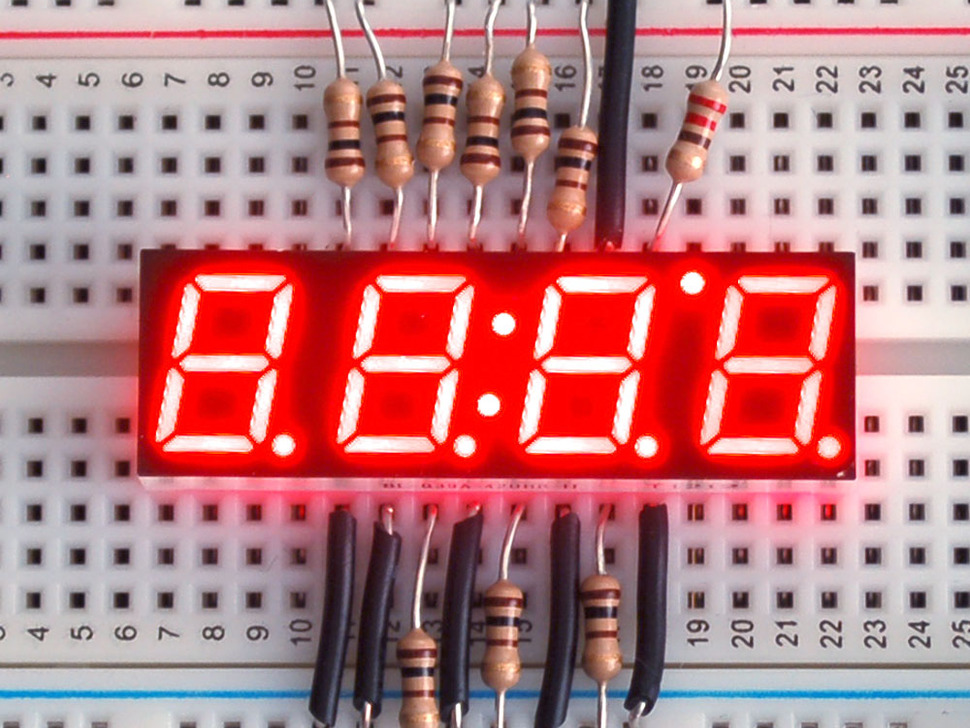 Red 7-segment clock display - 0.39