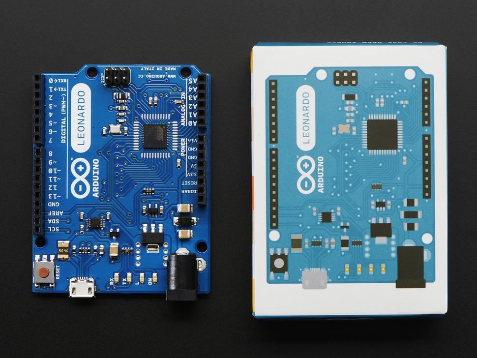 Arduino next to packaging
